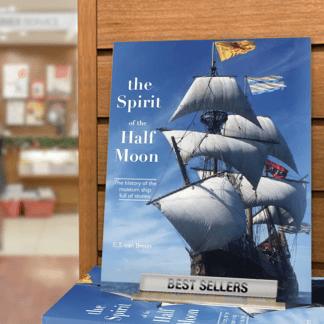 Boek Spirit of the Half Moon (English)